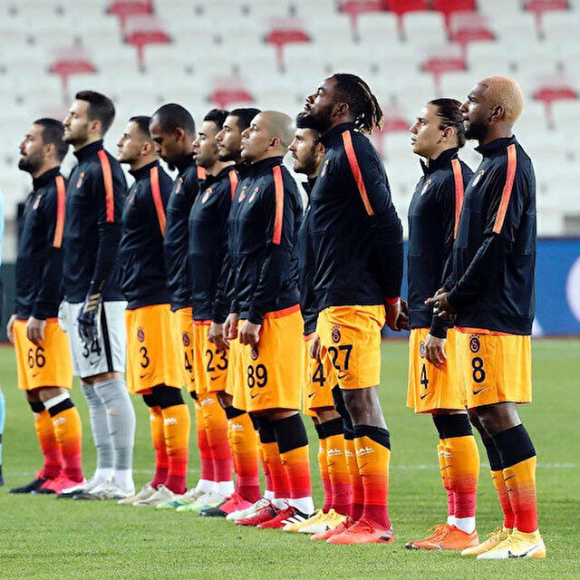 Galatasaray'da testi pozitif çıkan futbolcunun kim olduğu ortaya çıktı