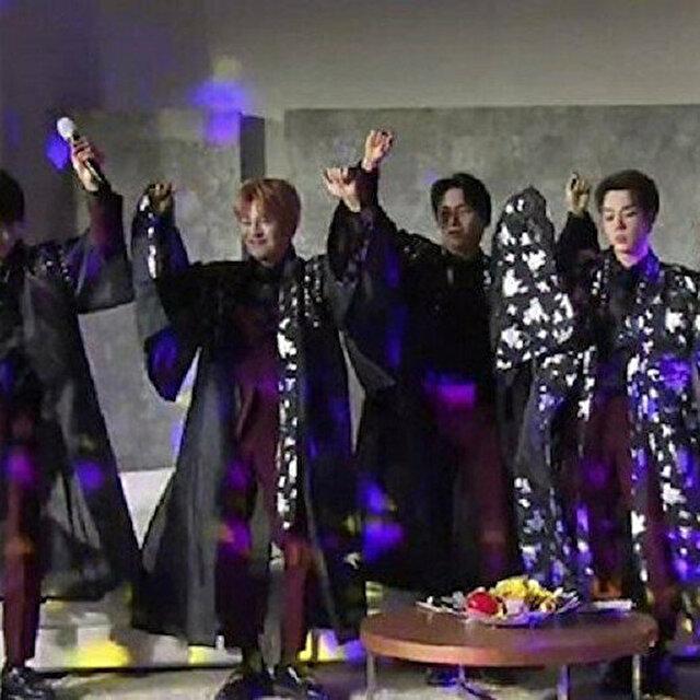 Popular K-Pop band performs traditional Turkish 'Erik Dali' dance, enrapturing fans