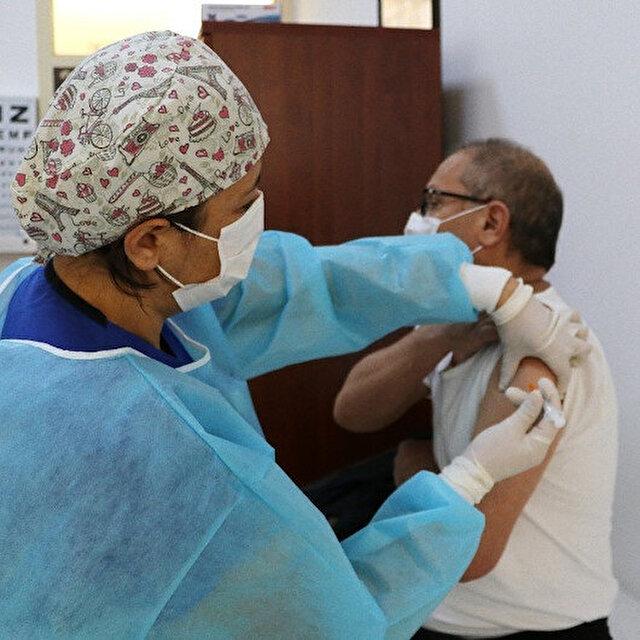 Aşı uygulamasının ikinci günü: Toplam aşılanan kişi sayısı 500 bini geçti