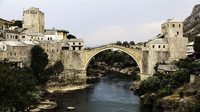 Osmanlı mimarisinin eşsiz örneği: Mostar Köprüsü