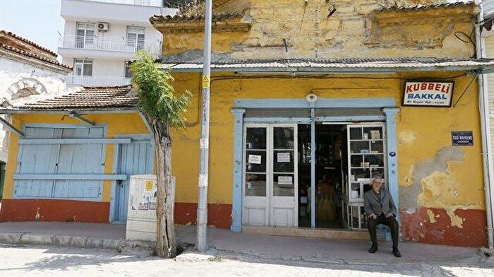 Marketlere AVM'lere inat 85 yıldır ayakta: Kubbeli Bakkal tarihi yaşatıyor