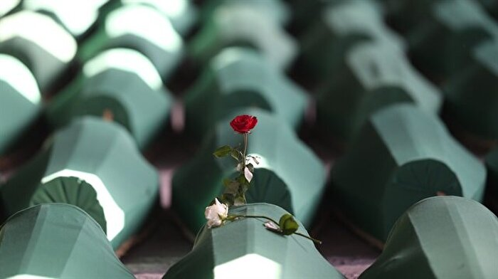 AB'den Srebrenitsa Soykırımı mesajı