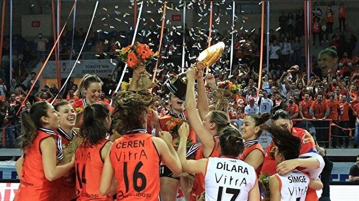 CEV Kupası Eczacıbaşı VitrA'nın