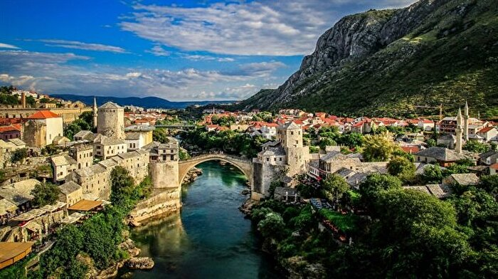 Hikayesi için, yalnızca kulak vermenizi bekleyen dünyaya açılan köprü: Mostar