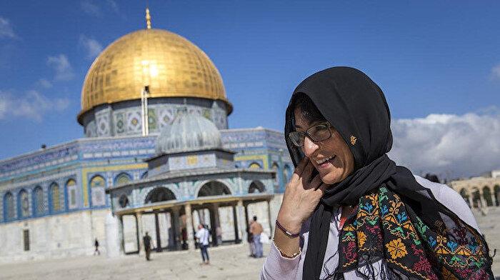 Dünyaca ünlü Filistinli yazar İsrail'de gözaltına alındı