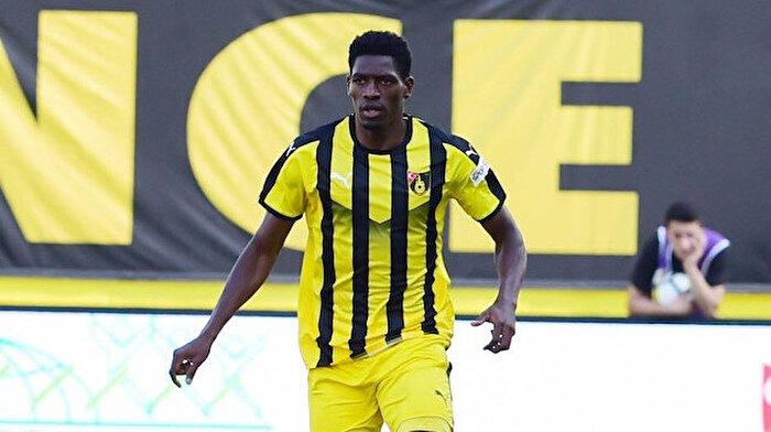Patrick Etoga: Fenerbahçe'de oynamak istiyorum