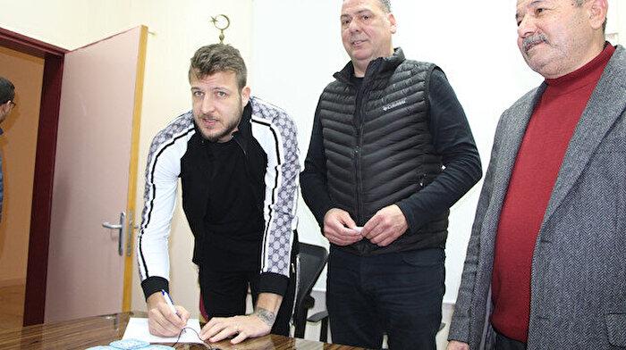 Batuhan Karadeniz ilk maçında coştu