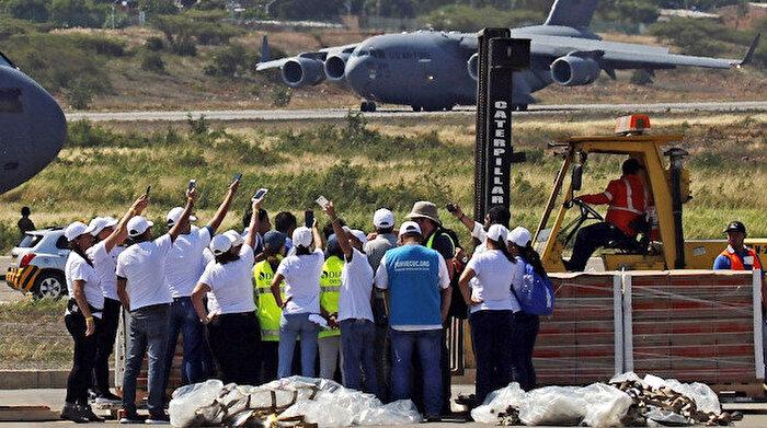 ABD'nin 'yardım uçakları' Venezuela'ya doğru yola çıktı