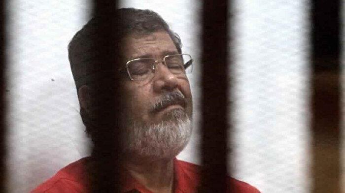 Mursi, mahkemede ölüme terk edildi