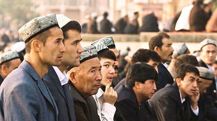 Doğu Türkistan'da yok olan camiler ve sakallar