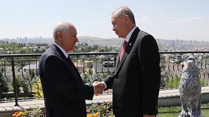 Cumhurbaşkanı Erdoğan'dan Bahçeli'ye evinde ziyaret