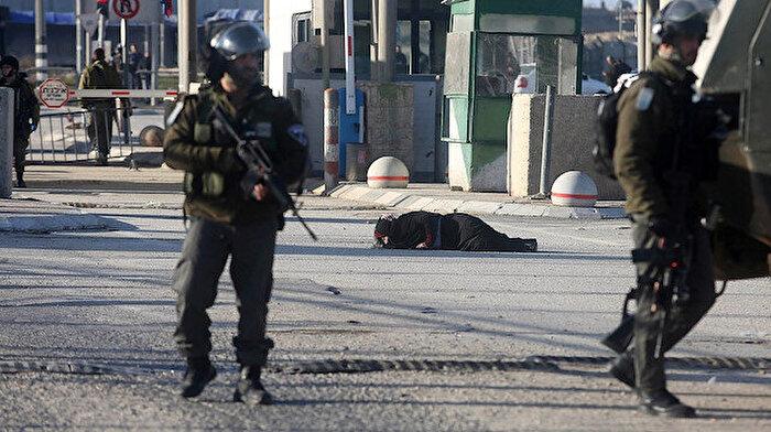 İsrail, Filistinli bir kadını kontrol noktasında vurdu