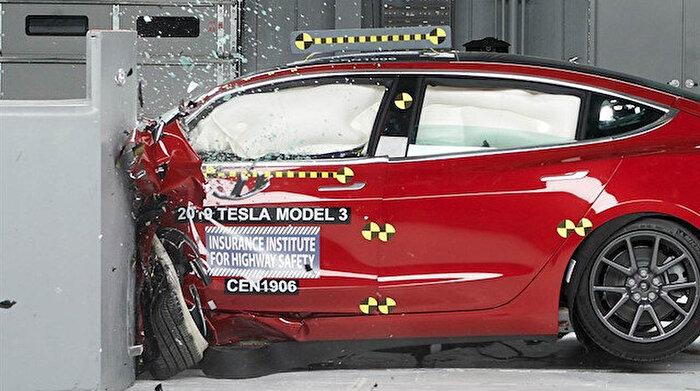 Tesla Model 3, en güvenli elektrikli otomobillerden biri seçildi!