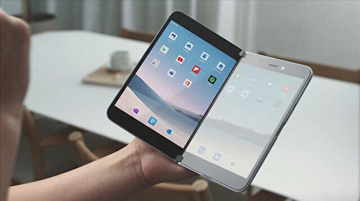 Microsoft, Surface Duo ile katlanabilir akıllı telefon pazarına giriyor