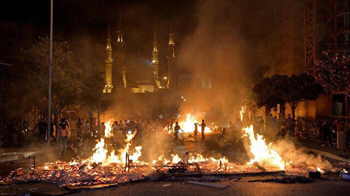 Lübnan'da hükumet karşıtı protestolar kızışıyor
