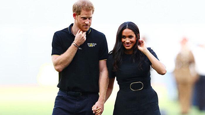 İngiliz Kraliyet Ailesi'nde işler iyice karıştı: Meghan Markle ve Prens Harry unvanlarını kaybediyor