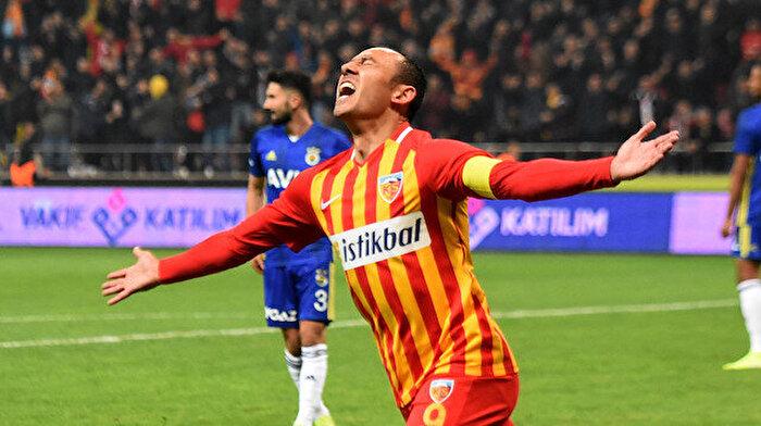 Fenerbahçe zirve umutlarını Kayseri'de bıraktı