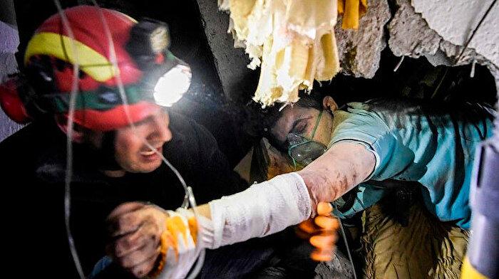 Arnavutluk'ta olağanüstü hal: Ölü sayısı 26'ya çıktı
