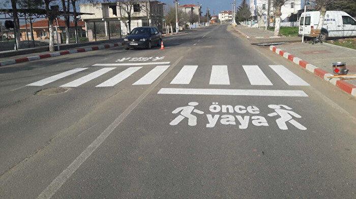 Yaya geçidinde otomobil çarptı: Yayaya 235 lira ceza kesildi