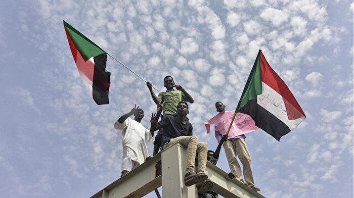 Sudan'da Beşir rejiminin izleri tamamen siliniyor