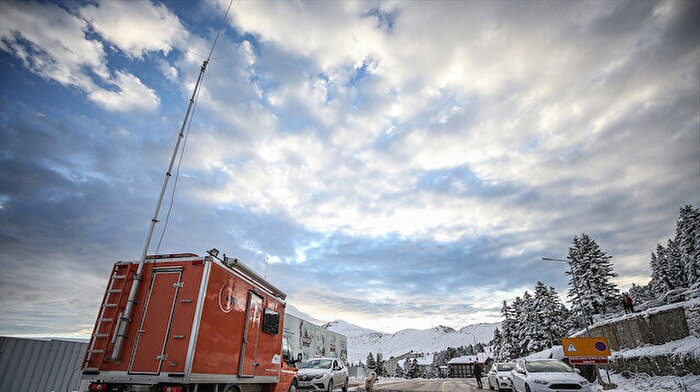 Uludağ'da kaybolan iki dağcının arama çalışmaları devam ediyor: 30 saat geride kaldı