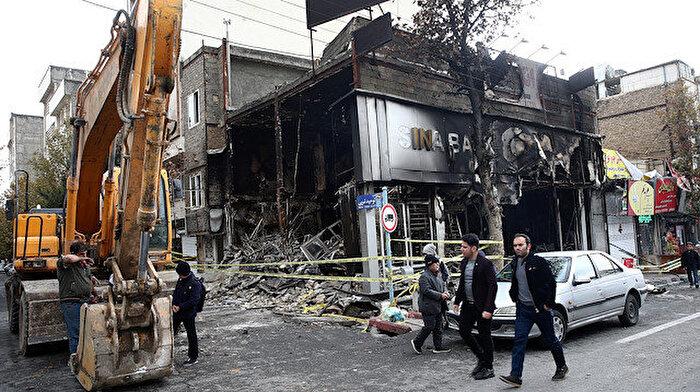 İran bazı göstericilerin öldürüldüğünü doğruladı