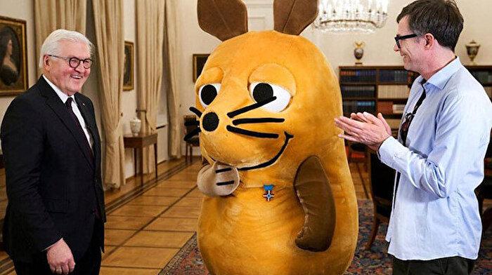 Almanya Cumhurbaşkanı'ndan 'fare'ye özel ödül