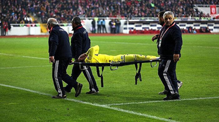 Fenerbahçeli futbolcu Sadık Çiftpınar sezonu kapattı