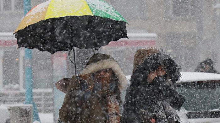 🌨️ ☃️ İstanbullular dikkat: Karla karışık yağmur ve kar geliyor