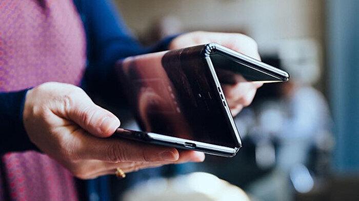 Samsung'un yeni katlanabilir telefonu Galaxy Z Flip olabilir