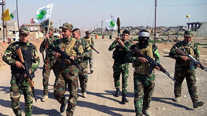 Irak'ta protestocular Haşdi Şabi'ye bağlı merkezi yaktı
