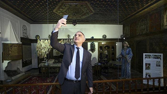 Kültür ve Turizm Bakanı Ersoy: Müzede selfie dünya için yapılmış çok önemli bir çalışma
