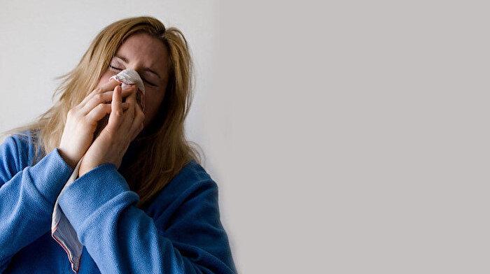 Uzmanından 'influenza virüsü' uyarısı: Risk altındaki gruplar hastaneye başvurmalı