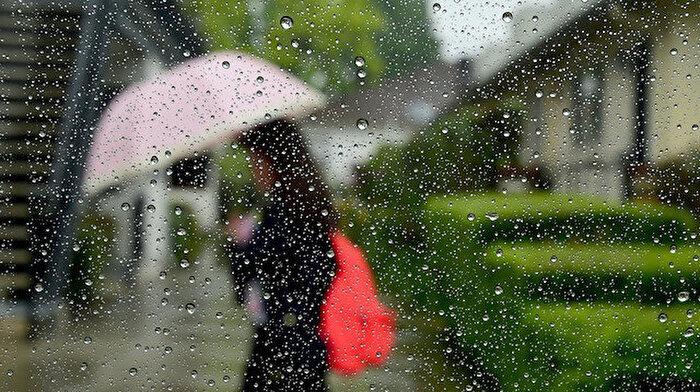 ☔ İstanbullar havanın notlarına bakmadan çıkmayın: Bugün yer yer yağış var