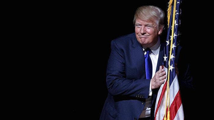 Trump: 'Mini Mike, deli Bernie'den nefret ediyor'