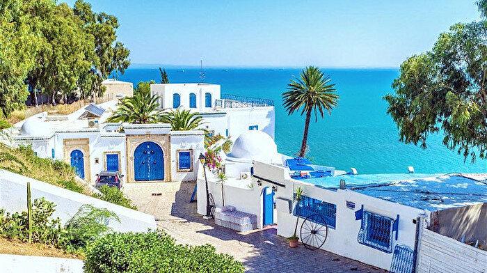 Akdeniz'in en açık mavisi: Sidi Bu Said