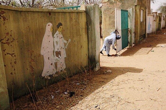 Okullara savaş açan örgüt: Boko Haram