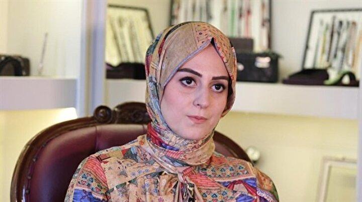 """Nilhan Osmanoğlu: """"İslam'dan uzaklaştıkça özümüzden hızlıca kopuyoruz."""""""