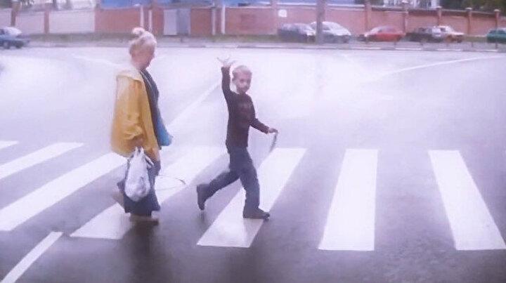 Yaya geçidinde yol verilen insanların mutlu 'o anları'