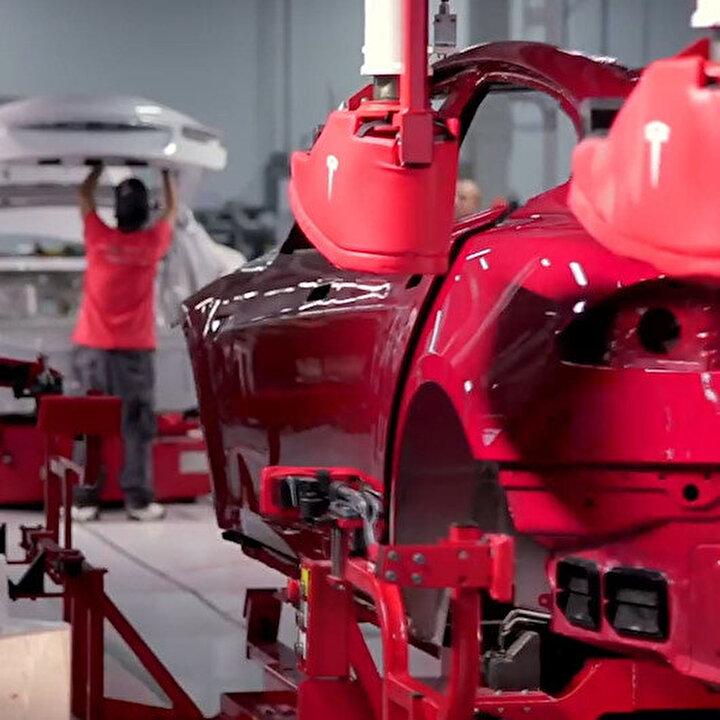 Tesla, otomobillerini nasıl üretiyor?