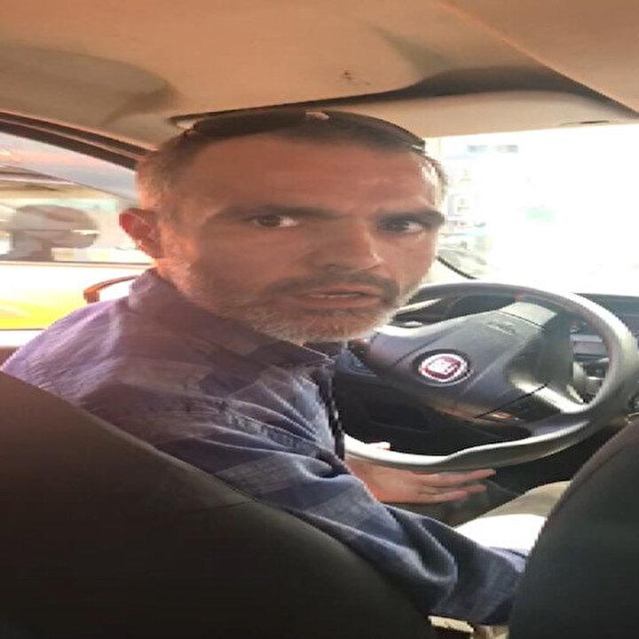 İstanbul'da taksici ile yolcunun 'değişim saati' tartışması kamerada