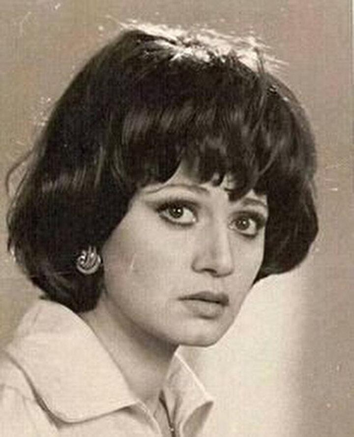 Medîha Kâmil, kısa süre içinde şöhretin basamaklarını tırmanmaya başladı.