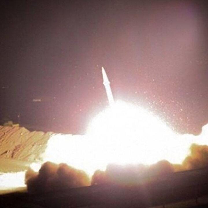 İran Devrim Muhafızları Ordusu, ABD'nin Irak'taki üssünü balistik füzeyle vurdu