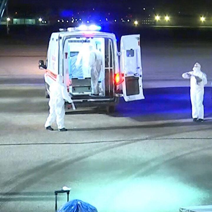Vuhan kentinden gelen uçağa 'arındırma işlemi' uygulandı
