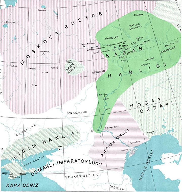Kazan Hanlığı'nın komşuları; Astarhan Hanlığı, Nogay Hanlığı, Kırım Hanlığı ve Moskova Knezliği.