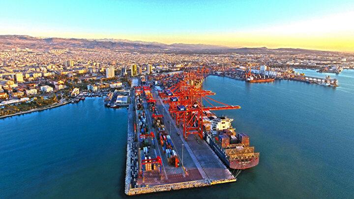 Akdeniz'de ticaretin kalbinin attığı yer, Mersin Limanı.