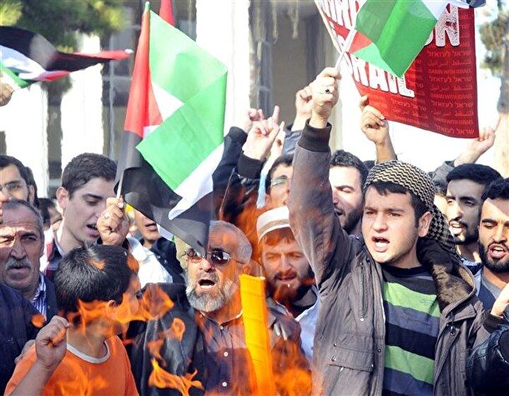 Kayseride de saldırılar protesto edildi...