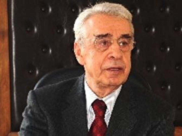 Hasan Fehmi Güneş: 1979 yılının Ekim ayında, İçişleri Bakanı CHPli Hasan Fehmi Güneş, sinema oyuncusu Aynur Aydanın evine girerken gazetecilere yakalanınca kıyamet koptu ve Güneş bakanlıktan istifa etti.