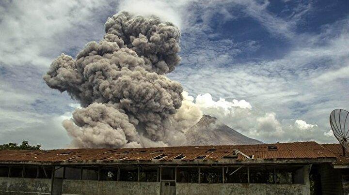 Sinabung Yanardağında korkunç patlama