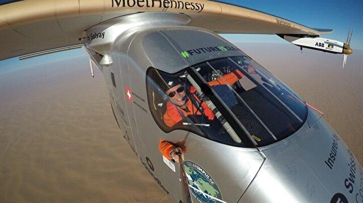 Yakıt kullanmayan uçak dünya turunu tamamladı
